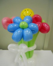 """6 petal flowers """"tied together with a smile""""-Taylor Swift"""