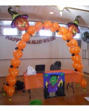 Jack o'lantern archways are fun and can be used for Fall Fairs and Halloween Balls.  They're scar-tastic!